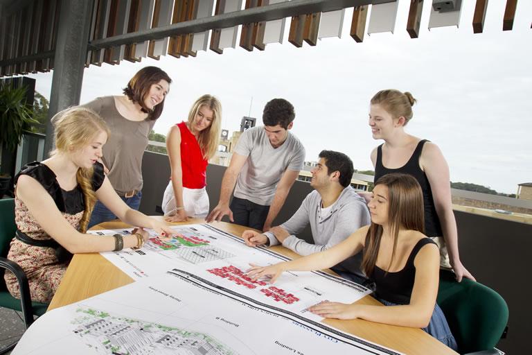 UG (Property&Development)
